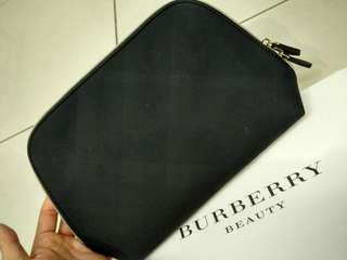 BURBERRY BEAUY POUCH