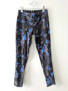 Aritzia Parklife Athletic workout tights/leggings/pants