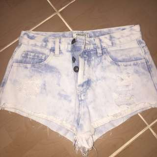 F21 denim shorts (25-26)
