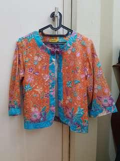 Blazer Batik Cantik