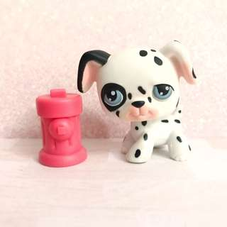 Littlest Pet Shop Dalmation dog and Hydrant