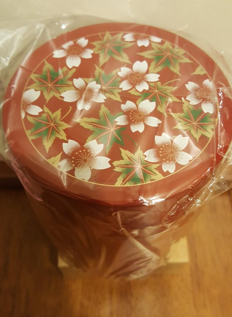 日本製春秋花紋茶葉筒