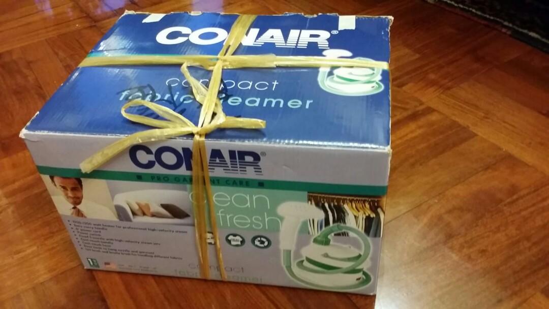 直立式蒸氣熨斗conair pro garment care  compact fabric stearmer