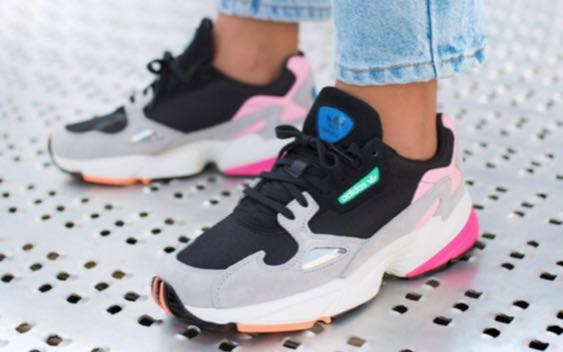 https://media.karousell.com/media/photos/products/2018/06/02/adidas_falcon_1527929483_f2b0fbe4.jpg