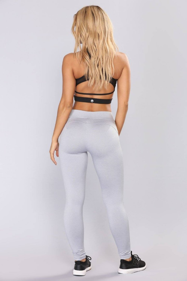 FASHIONNOVA Booty Shaping Active Leggings in Grey