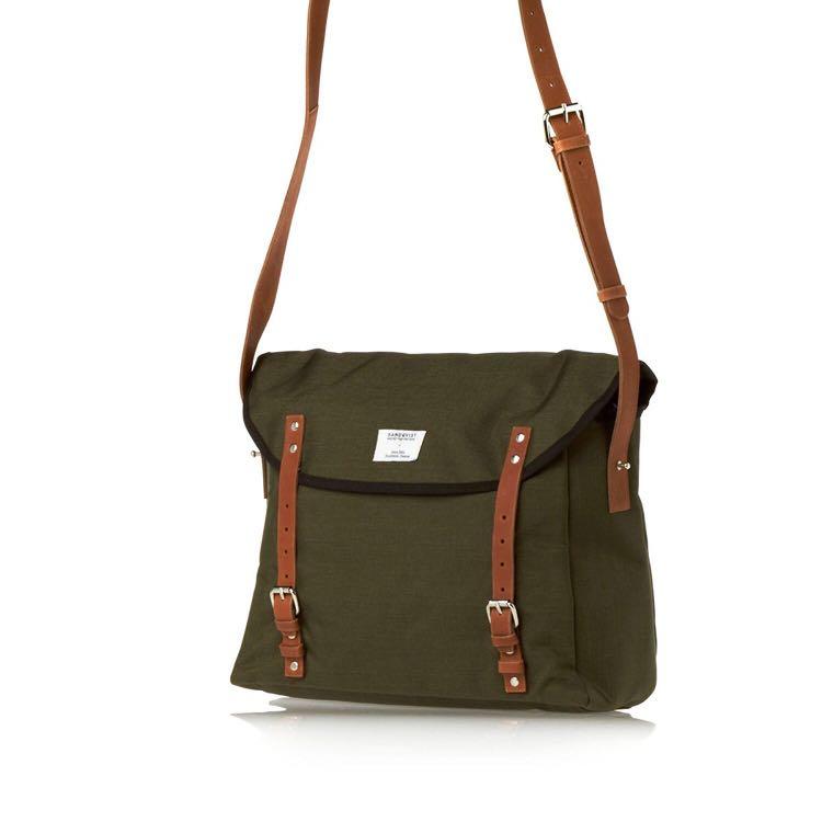 c6c320e68ebdd Sandqvist Messenger Bag