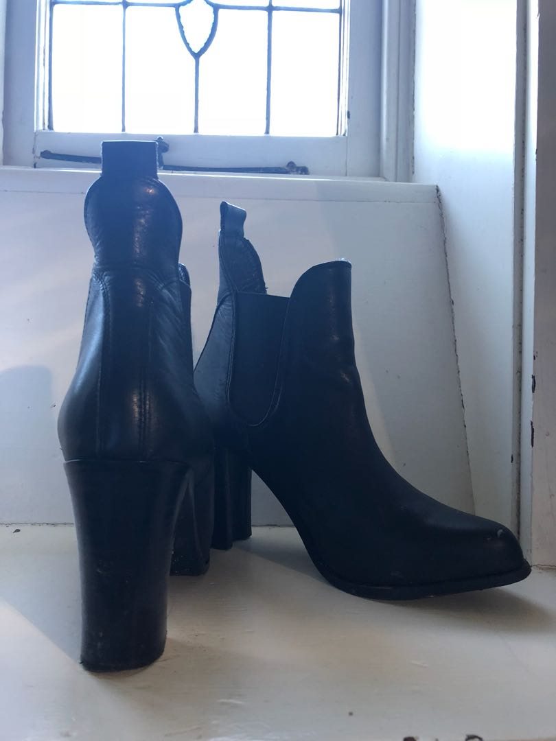 Witchery boots