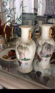 Medium twin vases