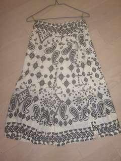 Sea embori skirt