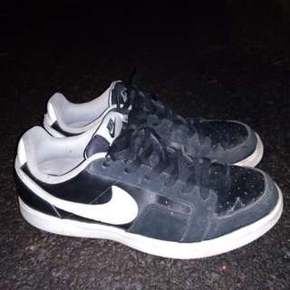 Sepatu Nike Dynasty Lite low black Original size 40