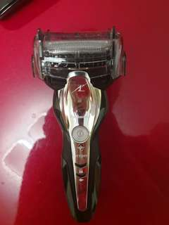 Panasonic wet and dry shaver es-st2n made in japan 鬚刨