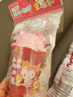 Hello kitty sanrio pink straw cup