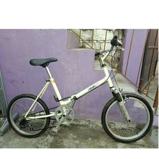 ATJ JAPAN FOLDING BIKE (FREE DELIVERY AND NEGOTIABLE!)