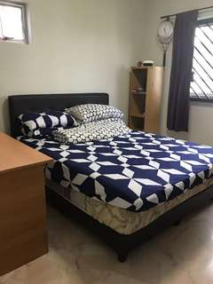 Spacious fully furnished room with a/c for rent - Bukit panjang