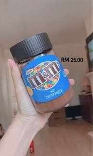 M&M's CRISPY CHOCOLATE SPREAD