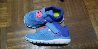 Champion baby rubber shoes (size 6)