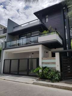 Modern Luxurious House in Greenwoods for Sale
