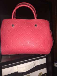 Louis Vuitton Alma handbag NEVER USED. Price negotiable.