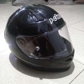 helm KBC VK black glossy size XL,mulus