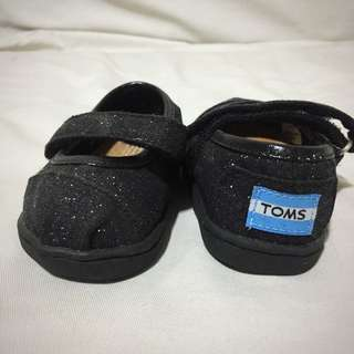TOMs  Black Baby Shoes