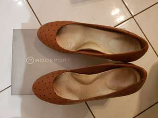 Rockport brown leather with dots heels size 36.5