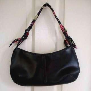 Pre-loved black bag