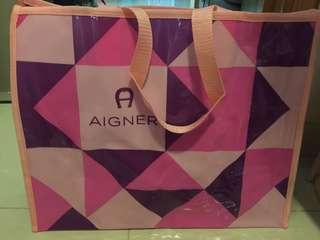AIGNER大沙灘PVC袋 (L: 42cm X H: 34cm  X D: 15cm)
