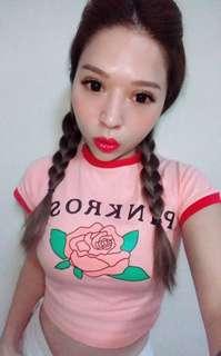 🚚 M🌟M 紅色滾邊撞色圓領玫瑰修身短版T Shirt