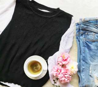 ⚡BLACK AND WHITE KNITTED LONG SLEEVES TOP⚡