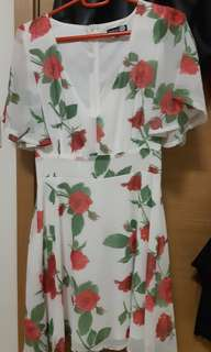 Casual white flowy dress. UK size 6. Worn once.