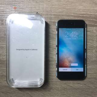 Apple iPod Touch 64GB (5th Gen)