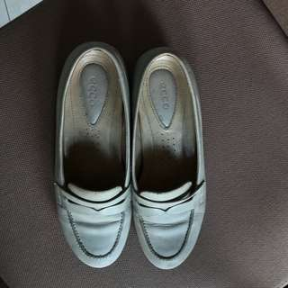 Ecco shoes leather