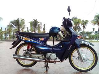 honda wave100 dream