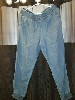 Tna jean pants size large