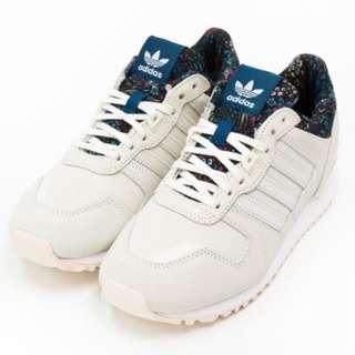 🚚 Adidas愛迪達碎花拼接球鞋