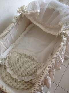Sweet Cherry Cradle/baby cot