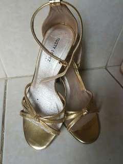 Gold high heel