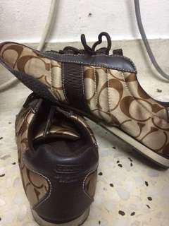 Shoes to let go