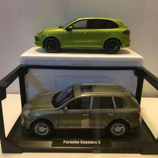 1/18 Porsche pair - Cayenne x2