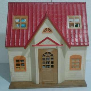 Sylvanian Families Cozy Cottage Set With Furnitures And Figures