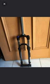 "Brand new ROCKSHOX XC28 coil fork for 26"" bike/MTB"