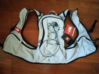 🚚 The North Face輕量化水袋背包