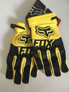 Fox racing glove size M new with tag