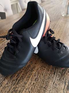 Football Boots 2Y