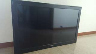 Sony Bravia LCD TV (KLV-40S550A) 40 inch screen