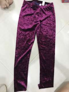 New!Kids Long velvet pants rm30each