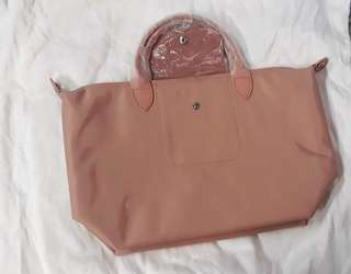 Authentic Long champ neo in Rose color