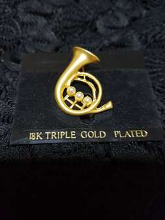 18K Triple Gold Plated Trumpet Brooch with Pearls