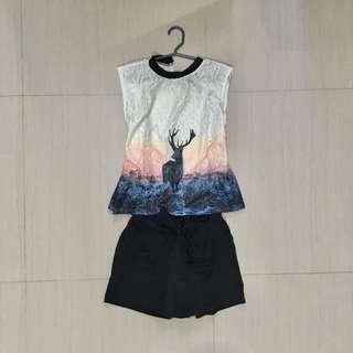 Terno (printed top + black shorts)