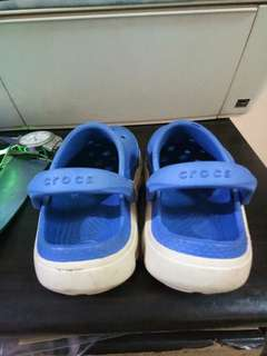 Authentic Crocs for 2 to 3yrs old